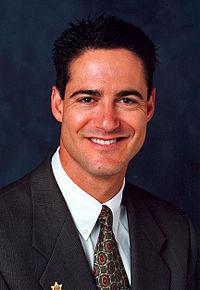 200px-Spitzer_portrait_wiki